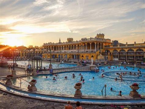 Széchenyi Thermal Bath in Budapest | Amusing Planet