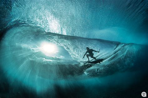 Story Behind the Wave - Underwater Photography Guide