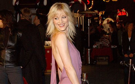 Is Teri Polo Married Or Dating? Her Wiki, Age, Spouse
