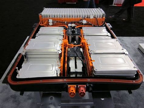 Nissan-Leaf-Battery-Pack-II | CleanTechnica