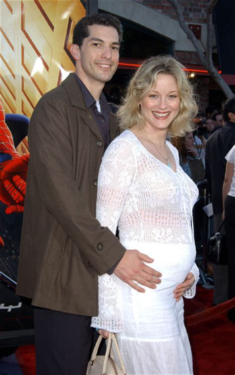 Once Divorced Teri Polo Shared Financial Consequences In