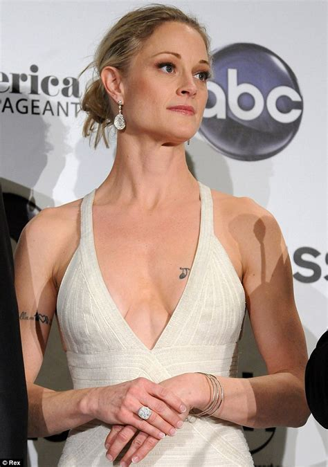 American Actress Teri Polo: Know her marriage with ex