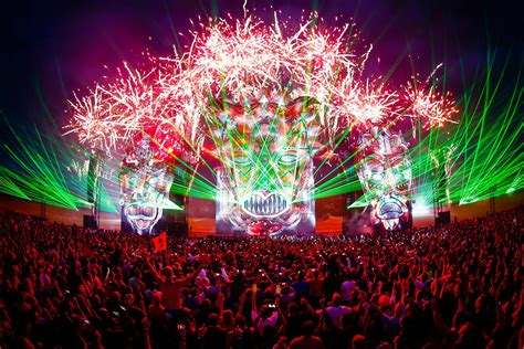 How EDM Took Over the Music Scene - Travel Hymns